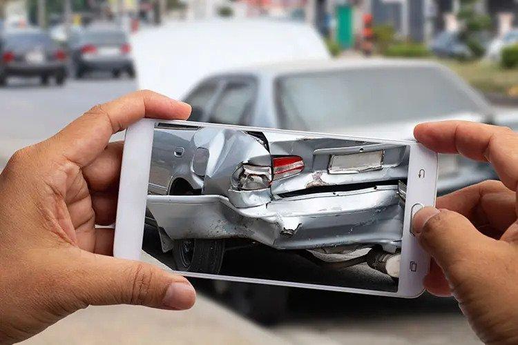 damage-vehicle-3